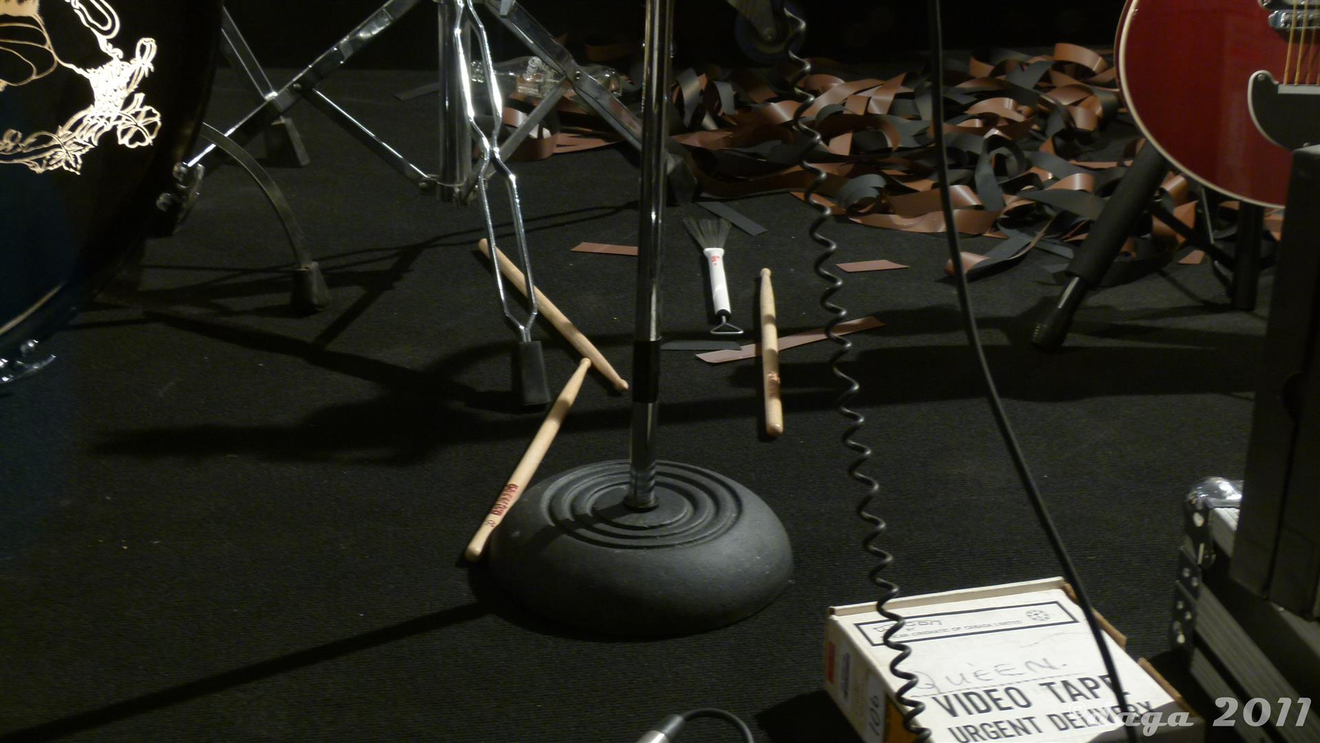 Queen Roger Taylor 2011 London Exhibition --008