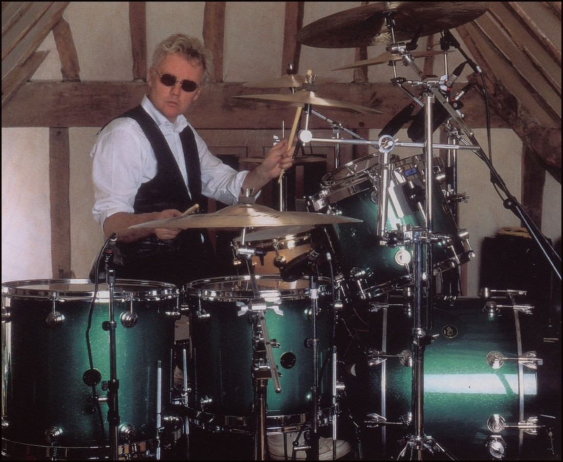 Equipment Roger Taylor Beyond Queen Solo And With The Cross